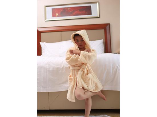 儿童割绒全棉柔软吸水江苏欣洁厂家定制浴袍