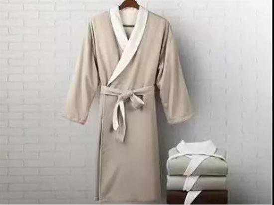 酒店浴袍也可以五彩斑斓